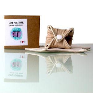 Pack de una copa menstrual y dos protegeslips. Para mayor seguridad