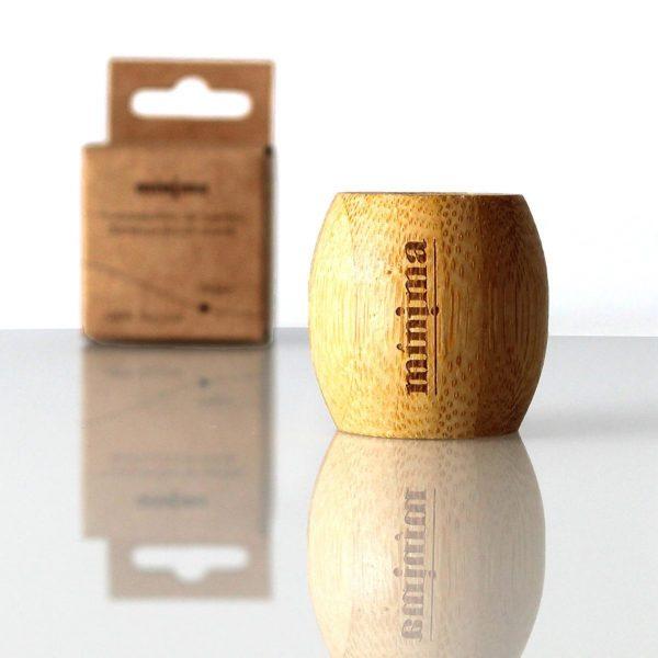 Portacepillo de bambú